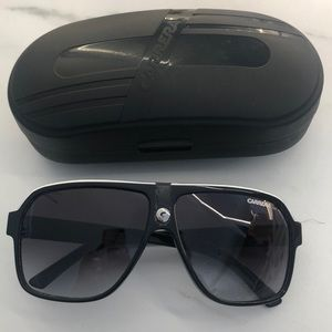 Carrera 33/S sunglasses great condition